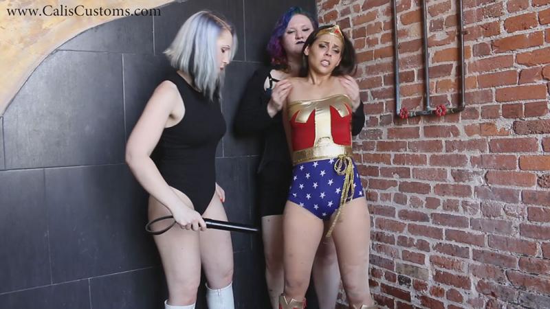 Breaking Wonder Woman