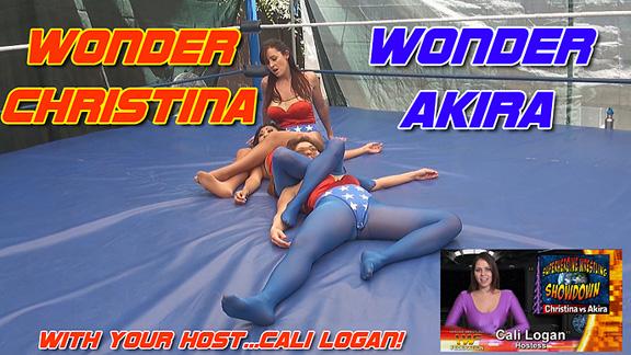 Wonder Christina vs. Wonder Akira